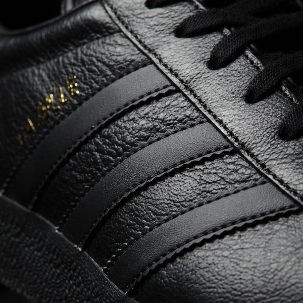 adidas Originals Gazelle (BB5497) - Core Noir/or Metallic -Unisex